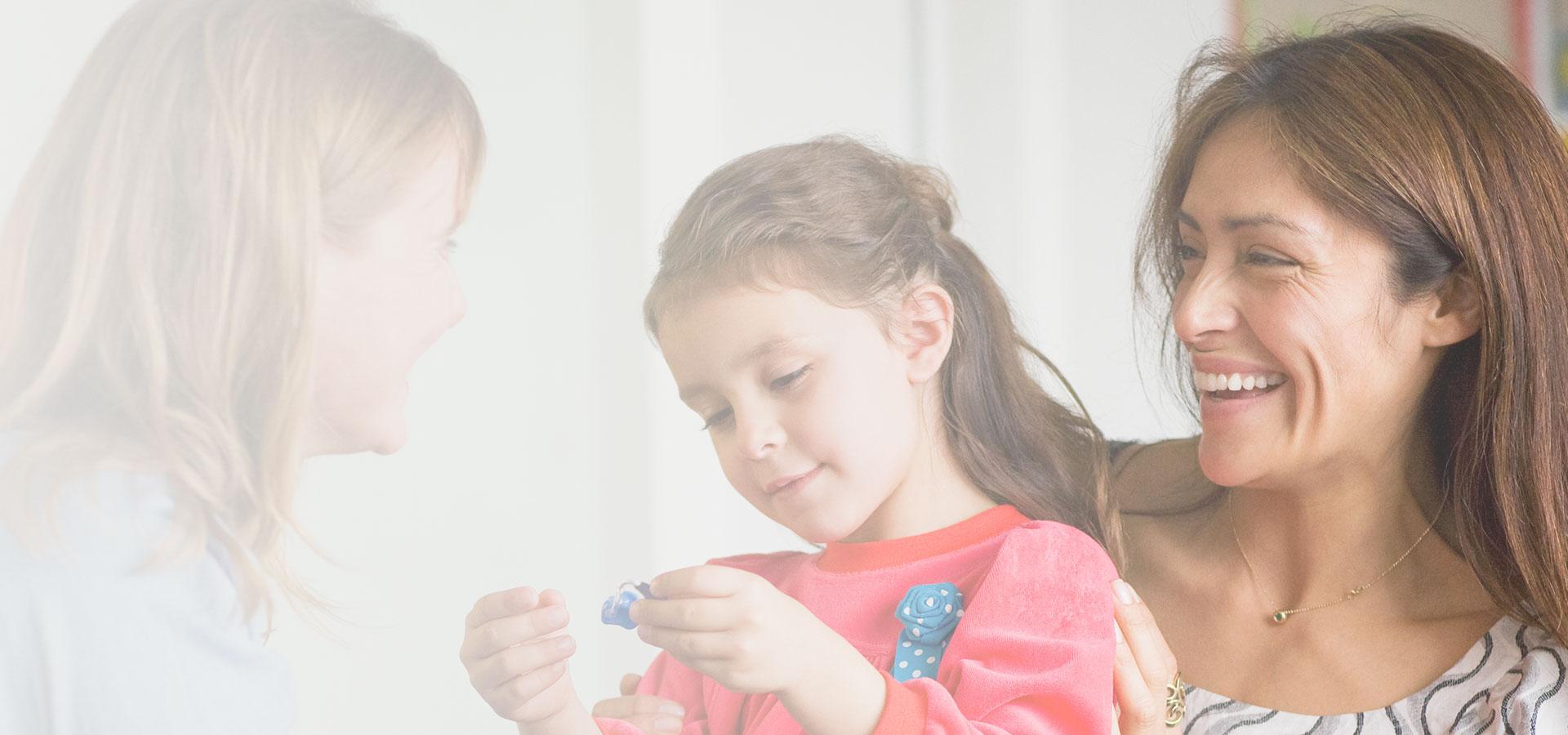 Family-friendly counselling tool   Oticon Paediatrics